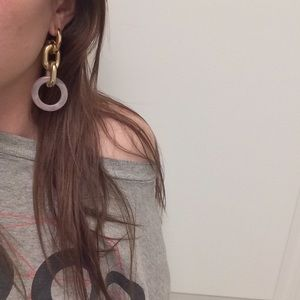 NWT GOLD HOOP CHAIN  EARRINGS DANGLING LIGHT PINK